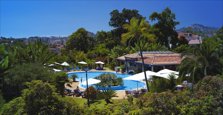 Swimming Pool And Gardens At Quinta Jardins Do Lago
